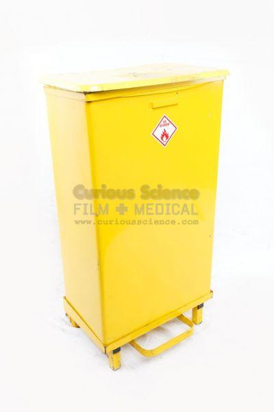 Medical Waste Bin With Yellow Bag Hospital Hygiene