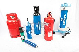 Oxygen cylinders and gas bottles