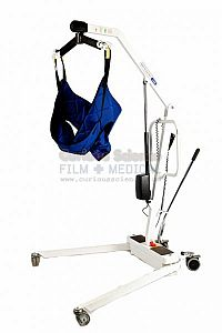 Patient hoist and cradle