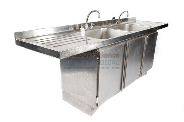 Mortuary double sink unit